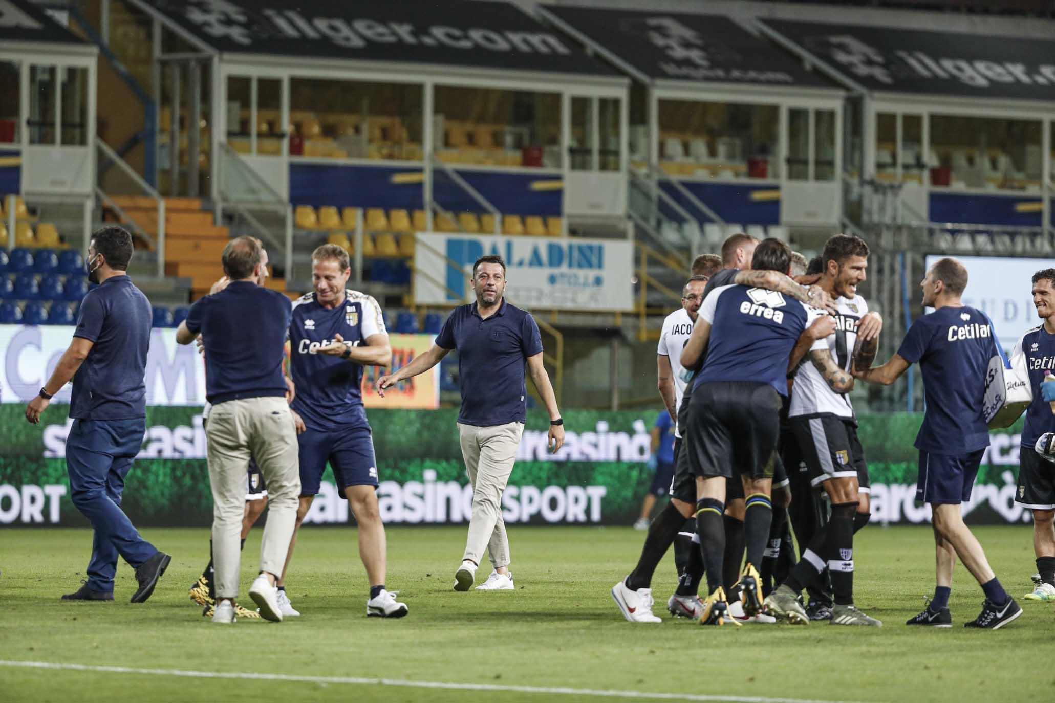 Le immagini di Parma-Napoli nella FOTOGALLERY di ForzaParma ...